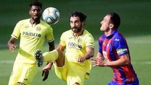 Raúl Albiol, en una acción contra el Eibar, partido en el que se lesionó