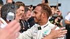 Hamilton celebrando su victoria