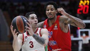 El Baskonia igualó la serie ganando en Moscú