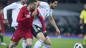 Cristiano obtuvo la recomensa del gol en los minutos 92 y 95