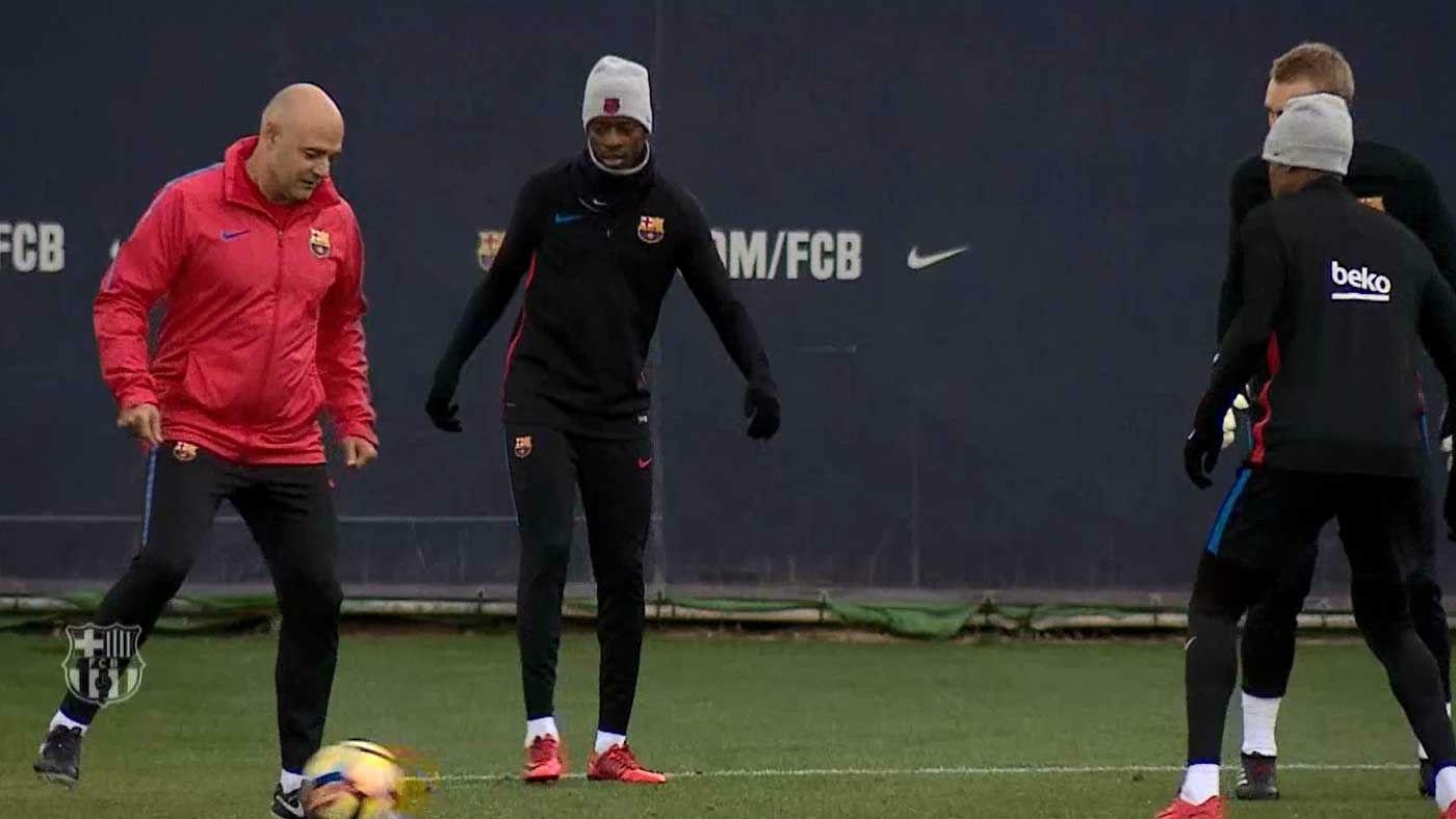 Dembélé participa en el entrenamiento del Barça