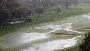 Las tormentas de lluvia y hielo impidieron finalizar el domingo el torneo