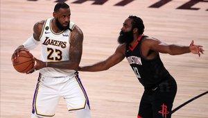 LeBron James sigue rompiendo récords