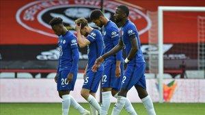 Los futbolistas del Chelsea deben levantar el ánimo para volver a la victoria.
