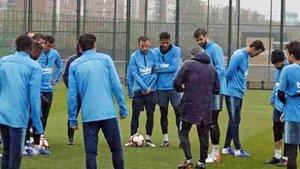 Messi sigue sin entrenar con el grupo