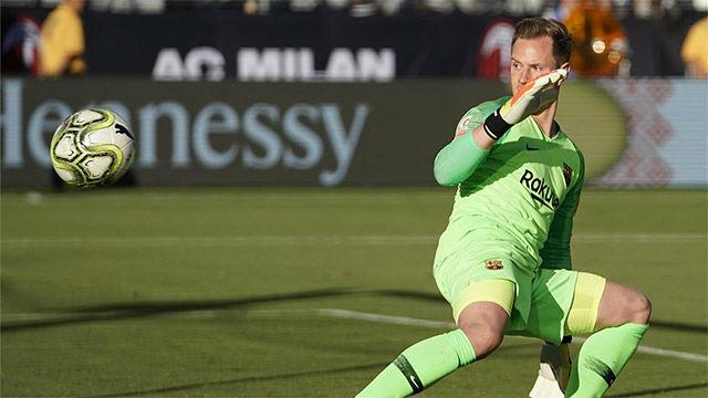 Ter Stegen no pudo evitar el gol del Milan
