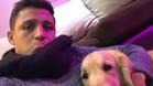 Alexis publicó una fotografía junto a su perro en Instagram