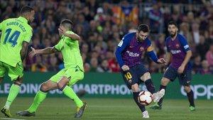 Messi rescató al Barça de la imprecisión saliendo desde el banquillo