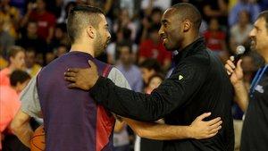 Navarro y Kobe en una imagen de la temporada 2010-11