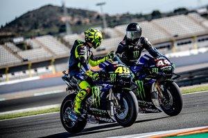 Rossi también le enseñó a Lewis los secretos de la M1