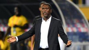 Seedorf no seguirá al frente de la selección de Camerún