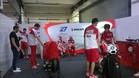 Stoner, en el box de Ducati en Catar