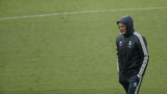 Zidane: Vinicius debe seguir esperando