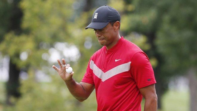 Tiger Woods pone punto final a una temporada agridulce