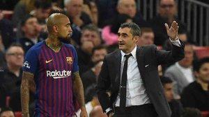Arturo Vidal no estaba contento con su suplencia