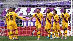 El Barça celebró el gol de Vidal