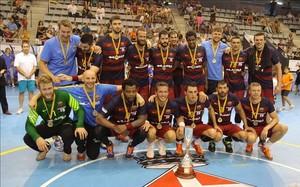 El Barça Lassa celebra su primer título de la temporada 2015/16