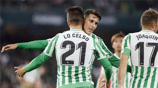 El Betis goleó al Racing para pasar a octavos de la Copa del Rey