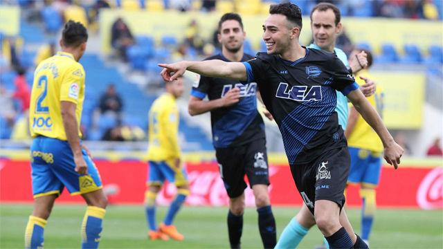 Munir certifica el descenso de Las Palmas con un doblete
