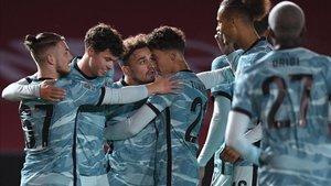 El Liverpool llegará a la disputa tras avasallar al Lincoln City por la Capital One Cup