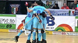 Los jugadores del Barça Lassa celebran el triunfo