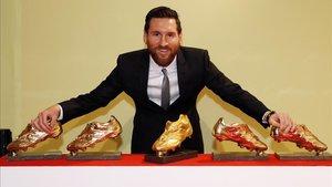 Messi, con las anteriores cinco Botas de Oro que ganó