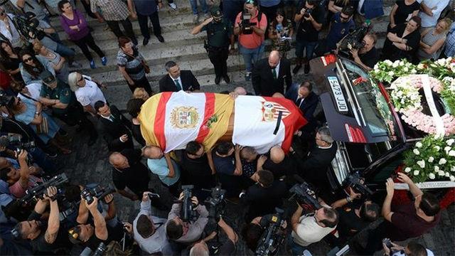 Utrera despide a Jose Antonio Reyes con un entierro multitudinario