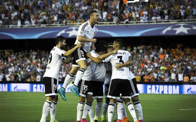 9c6fa7eaa4bd4 La 'pegada' y la suerte acercan al Valencia a la Champions