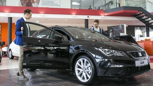 Proceso de compra de coche nuevo.