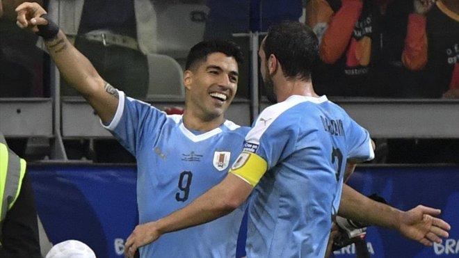 Suárez destacó en el plácido debut de Uruguay en la Copa América