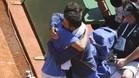 Albert Ramos se abrazó con su técnico, José María Díaz, tras el triunfo