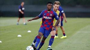 Ansu Fati podría debutar con el primer equipo