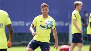 Arthur vuelve a Barcelona tras declararse en rebeldía