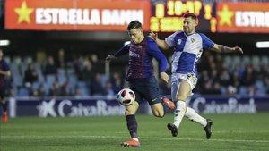 Carles Pérez, en la acción del primer gol del Barça B ante el Sabadell