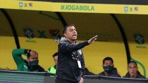 César Farias, durante el enfrentamiento ante Brasil