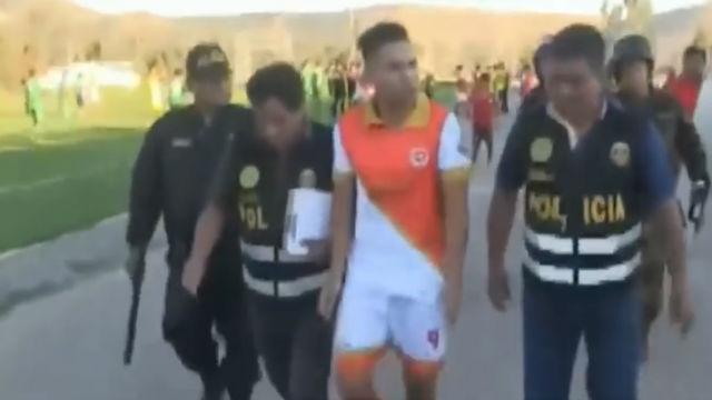 Detienen en Perú a un jugador en pleno partido