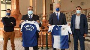 Estrella Damm y el Sabadell FC firman la renovación del acuerdo de patrocinio