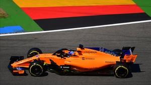 Fernando Alonso durante la sesión libre del viernes en Alemania