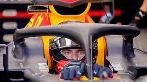 La imagen más repetida, los pilotos en garaje