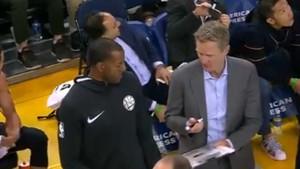 Kerr cedió la pizarra en los tiempos muertos