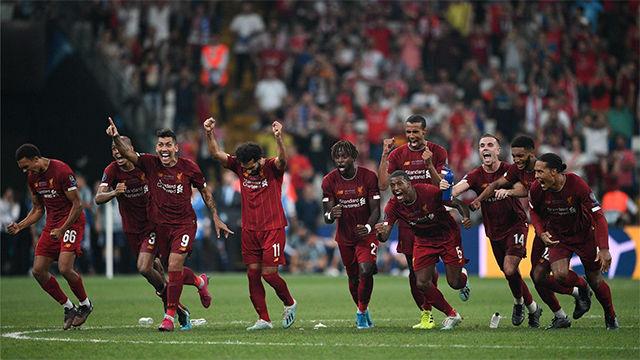 El Liverpool, supercampeón de Europa tras vencer en los penaltis al Chelsea