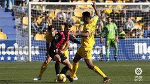 Los jugadores del Alcorcón respetaron la protesta de los del Reus