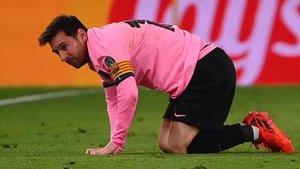 Maradona apoya a Messi