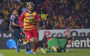 Momento del primer gol de Morelia al América