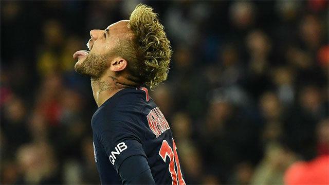 Neymar brilló ante el Lyon y asistió al show de Mbappé