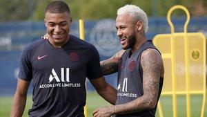 Neymar y Mbappé, en un entrenamiento