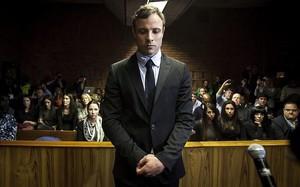 Pistorius , condenado a 13 años de cárcel