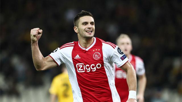 Tadic clasifica al Ajax