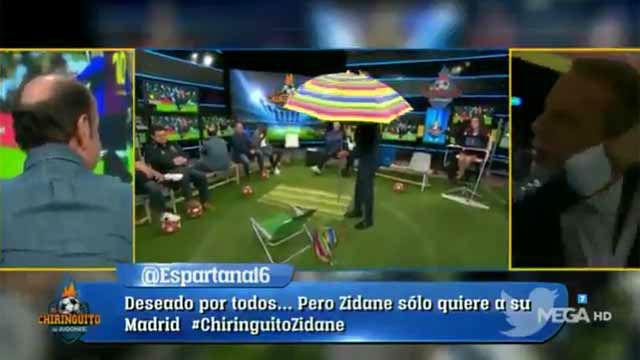 Toalla, silla y sombrilla: Cristóbal Soria inaugura en El Chiringuito las vacaciones del Real Madrid