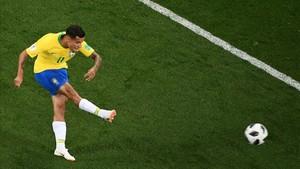 Coutinho se estrenó en el Mundial con un golazo